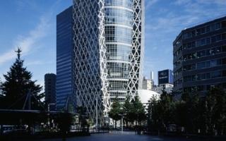 Tòa tháp hình kén quái đản ở Nhật