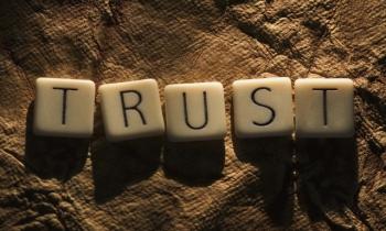 """""""Khi niềm tin là thứ đắt đỏ"""", đây là 5 cách để bạn giành được điều đó từ người đối diện"""