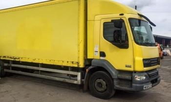 Ngôi nhà tiện nghi trong xe tải cũ 4.600 USD
