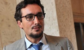 Hé lộ về tỷ phú giàu nhất nước Ý, nổi tiếng vì đẹp trai và bí ẩn