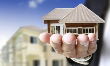 Tại sao phải công chứng các hợp đồng, giao dịch bất động sản?