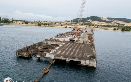 Treo 10 năm, Cảng Bắc Vân Phong hiện xây dựng đến đâu?