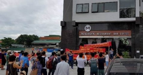 Nghệ An: Đồng loạt treo biển bán nhà phản đối chủ đầu tư