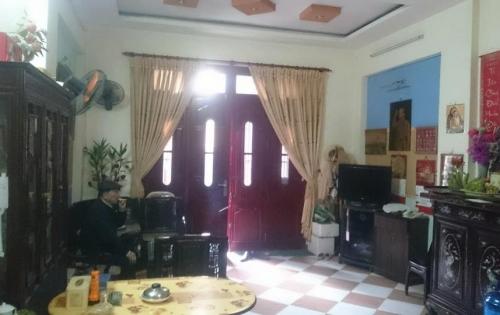 Nhà 5 tầng siêu đẹp phố Chùa Láng, Q.Đống Đa, Diện tích 40m2, Mặt tiền 4.3m, Giá 4.85 tỷ.