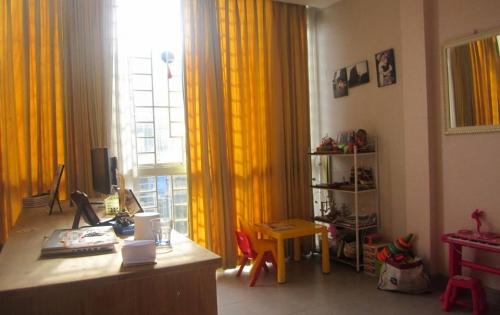 Hot Hot Sở hữu ngay nhà ngõ phố Định Công Thượng DT 49m2x5 tầng, MT 3.8m.