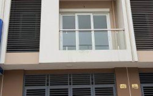 Cho thuê cửa hàng mặt phố Trung Hòa 135m2, 5 tầng, mặt tiền 5.5m 55tr/ tháng