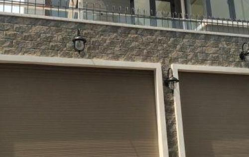 Cho thuê nhà nguyên căn hẻm 985/ Âu Cơ, nhà 1 trệt 2 lầu ST mới,8.5 x 16m, giá  27 triệu/ tháng,Q. Tân Phú.
