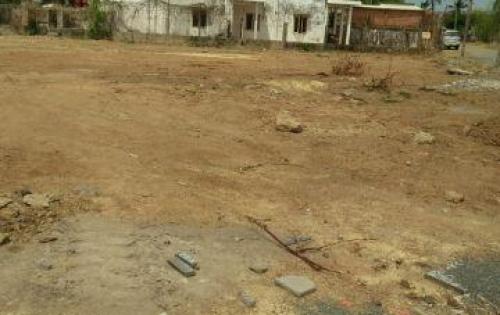 Bán 3 lô đất 100m2 mặt tiền đường Võ Văn Kiệt, tp Bà Rịa, đất đã có sổ, thổ cư 100%, chính chủ