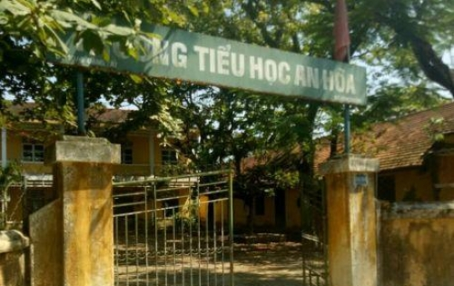 CẦN BÁN ĐẤT kiệt Đặng Tất, gần chợ, trường Tiểu học An Hoà.