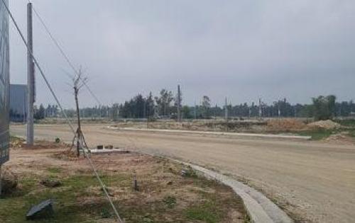 Bán nhanh lô đất đối diện công viên ngay sau lưng khu Cocobay, sát khu FPT 9.4tr/m2. Đã có sổ