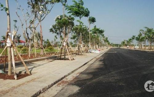 Cần tiền bán gấp lô đất đường Nguyễn Xiển Quận 9, giá 26 triệu/m2 LH: Mr Tuyến 0933182616