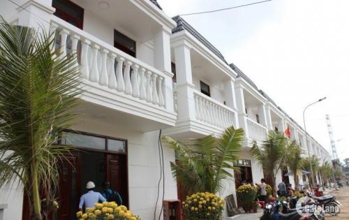 Bán nhà gần chợ Đông Hòa - TT 30% vay 70% - tặng gói nội thất 100tr - LH: 0961.474.354 (Tiến)