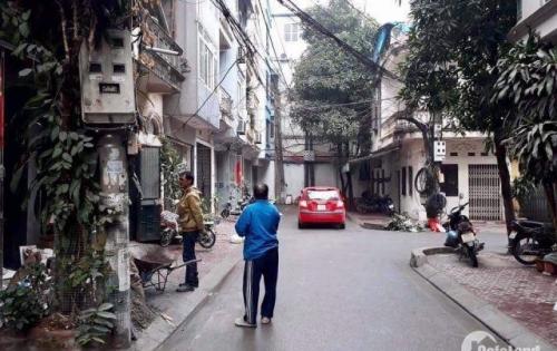 Bán nhà Thịnh Quang, 35m2*4T, 4PN, vị trí đẹp, cần người thiện chí về làm chủ mới.