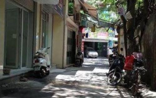 Cần bán gấp nhà phố Phạm Ngọc Thạch,lô góc, ô tô đỗ cửa.35m2 giá 3.4 tỷ
