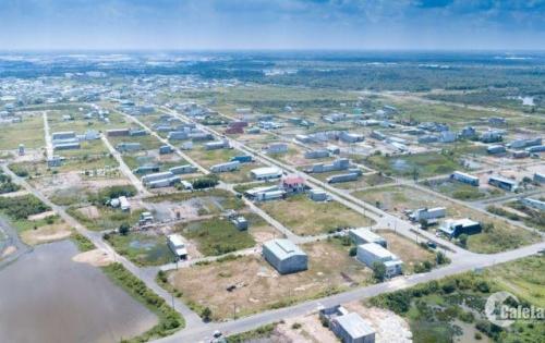 Bán gấp lô đất sát bệnh viện ĐK Quốc Tế Tân Tạo, giá 900tr/130m2, SHR, gần ĐH quốc tế Tân Tạo