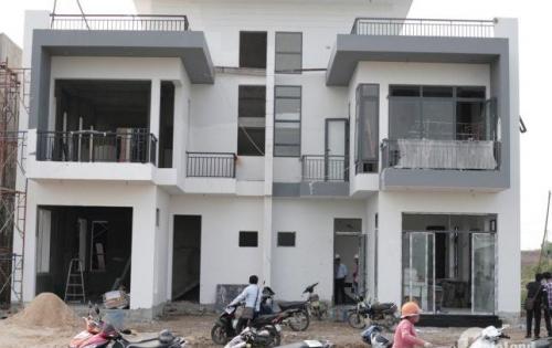 Cần bán gấp nhà mới xây ở Ấp chợ bệnh viện xuyên á chính chủ.