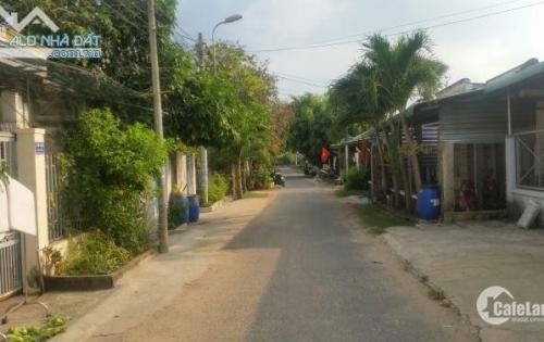 Gia đình cần bán gấp căn nhà ở Tân Thông Hội, 108m2, đường nhựa 10m