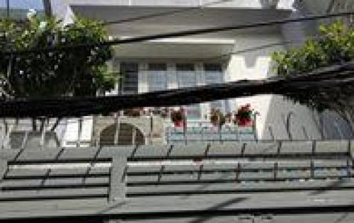 Bán Nhà Đường 3 tháng 2 ,F14, Quận 10. Hẻm Xe Hơi. 5 tỷ 2