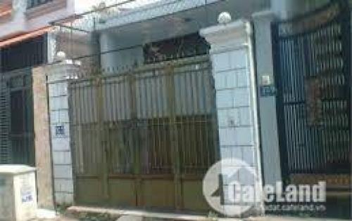 Cần bán căn nhà nát 1 gác lửng , dt 60m2, shr, chính chủ, ngay  gần chùa hoàng pháp, giá 680tr