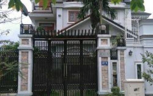 Cần bán biệt thự trong KDC Nam Long, P. Phước Long B, Q. 9 240m2, Giá 10 tỷ