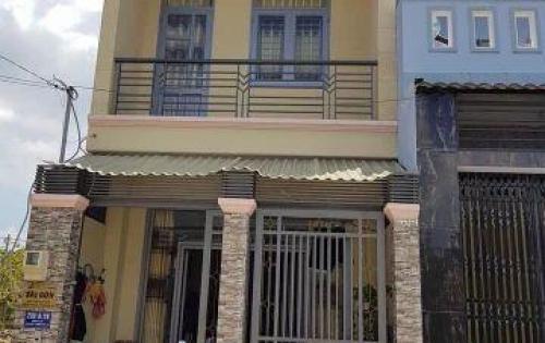 Định cư nước ngoài bán gấp nhà 1 trệt, 1 lầu (như ảnh), đường Lò Lu, Quận 9. Tặng toàn bộ nội thất