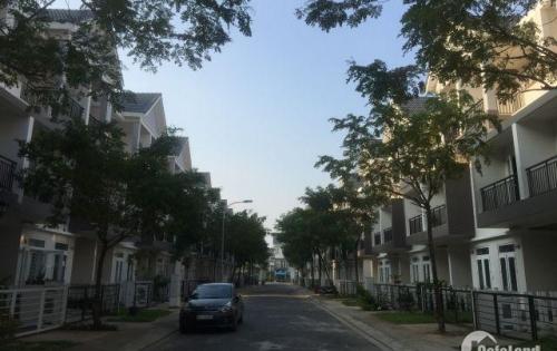 Bán nhà phố biệt lập park riverside quận 9 giáp quận 2. chỉ 3,8 tỷ/căn lh:01279327347