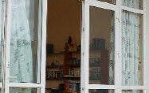 Định cư bán nhà: Âu Cơ , giá 5,40 tỷ, 66 m2, 1,5 Lầu + An ninh