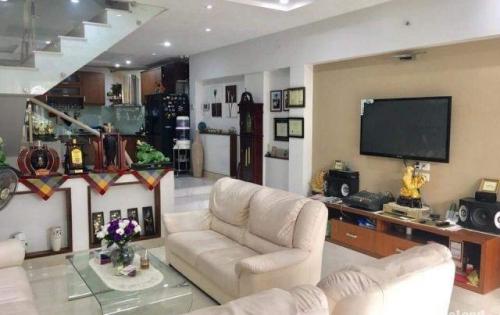 Cần Tiền, Bán Gấp Nhà HXH TRường Chinh, Tân Bình 140m2 11,7  tỷ 4PN.