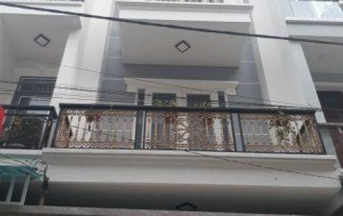 Bán nhà mới xây 1 trệt 3 lầu,cách chợ Hiệp Bình 150m,hẽm xe hơi,giá 3ty45