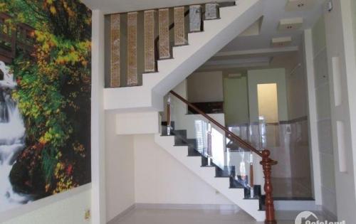 Chính chủ cần bán căn nhà 1 trệt lầu, sổ riêng gần cây xăng hạnh nguyên giá 1 tỷ 2