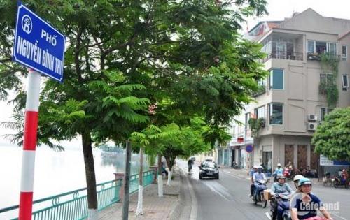 Bán nhà cấp 4 mặt Nguyễn Đình Thi, vị trí đẹp, 250m2, giá 58 tỷ