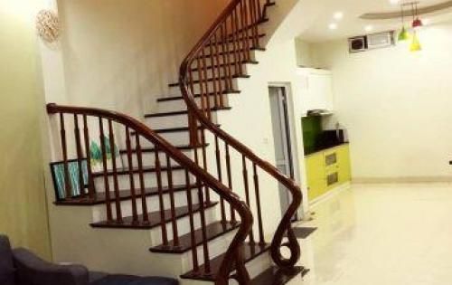 Bán nhà đẹp 5 tầng kinh doanh tốt oto qua Khương Trung,dt 35m2, giá 3.8 tỷ