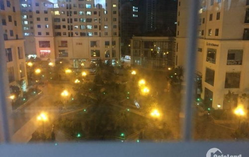 Chuyển công  tác  xa cần bán gấp căn hộ chung cư Green Star Phạm Văn Đồng diện tích 66.8 m2 giá hấp dẫn