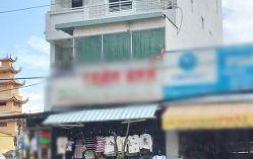 Cho thuê khách sạn 3 lầu mặt tiền Huỳnh Tấn Phát xã Phú Xuân huyện Nhà Bè