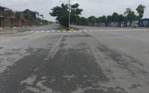 KĐT Long Hưng, lô mặt tiền đường 21m, áp góc, thông thẳng ra đường Hương lộ 2 60m.