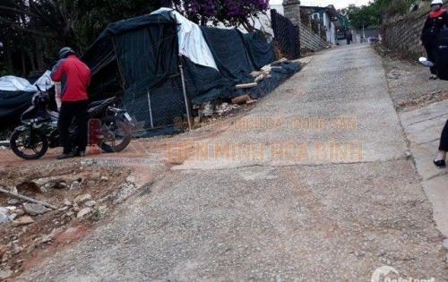 Cần bán nhanh lô đất đường Hùng Vương - Phường 10 - Đà Lạt