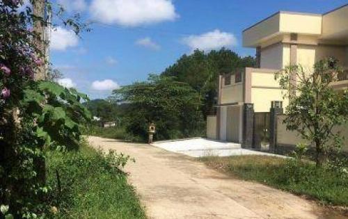 Bán đất kiệt đường MINH MẠNG đối diên biệt thự Thảo Nhi