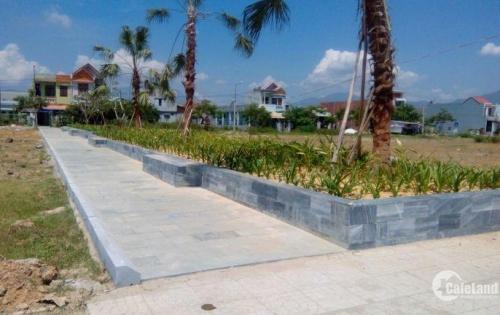 Chính chủ bán 3 lô đất liền kề, gần khu dân cư đông, cách biển Nguyễn Tất Thành 500m.