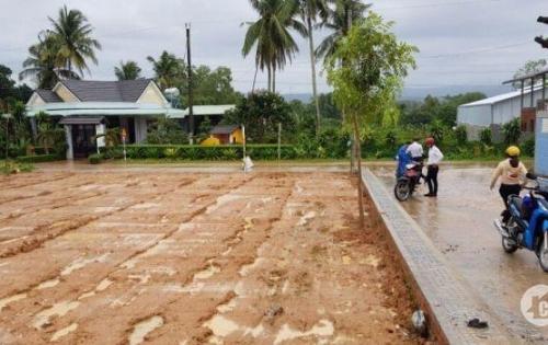 Phú Quốc - Đất nền mặt tiền đường Cây thông ngoài giá rẻ. tiềm năng ngang ngửa Dương Đông