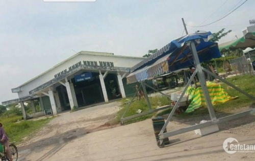 Đường Lò Lu, Phường Trường Thạnh, Quận 9, ngay chợ Trường Thạnh.