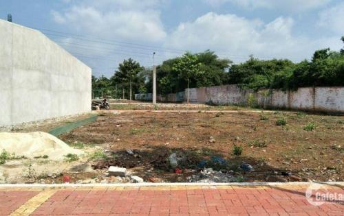 Cần bán lô đất gần chợ Hòa Long , đường Hương Lộ 2