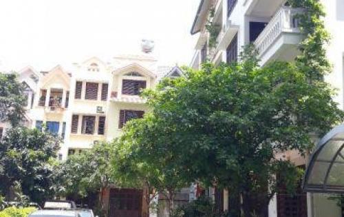 Bán nhà Liền kề Văn Cao, DT100m2 xây 4 tầng oto 7 chỗ vào nhà, giá 14.5tỷ