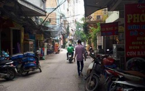 Chính chủ bán nhà Nguyễn Thái Học 46m 5 tầng mặt tiền 3,2m giá 4,2 tỷ