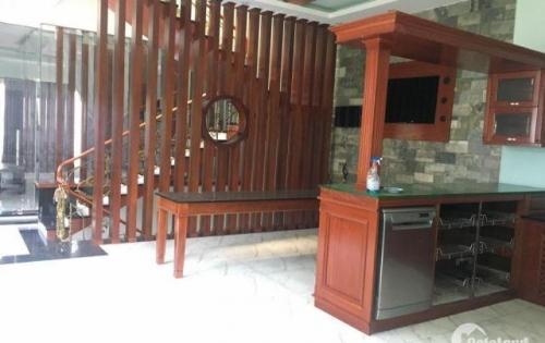 Kẹt Tiền Bán Gấp Nhà 90m2 5 Tầng 8,5 Tỷ Phạm Văn Đồng, Bình Thạnh.