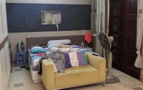 Mẹ già bán nhà chia cho các con nên cần bán gấp nhà Nguyễn Xí, Bình Thạnh.