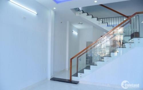 Nhà 2 tầng đẹp mới xây 100% và kiên cố Tôn Đản - Hoà Phát -Cẩm Lệ