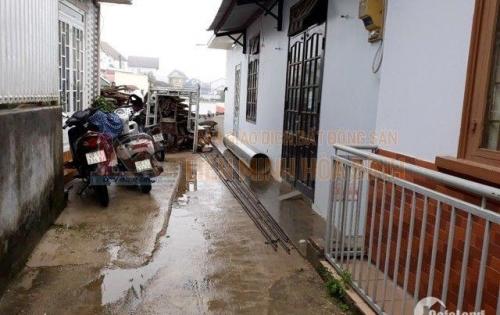 Cần bán gấp nhà đường Lê Hồng Phong- Phường 4 - Đà Lạt