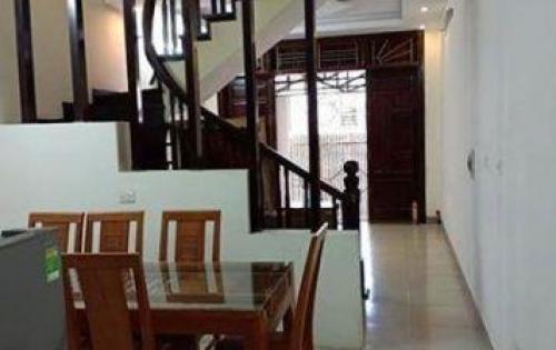 Bán nhà riêng Ngõ 10 Tôn Thất Tùng, 40m2, 3.9 tỷ.