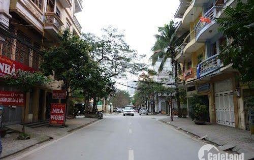 Bán nhà Trần Quang Diệu Đống Đa 100m 5 tầng khu phân lô ô tô tránh kinh doanh văn phòng 155tr/m.