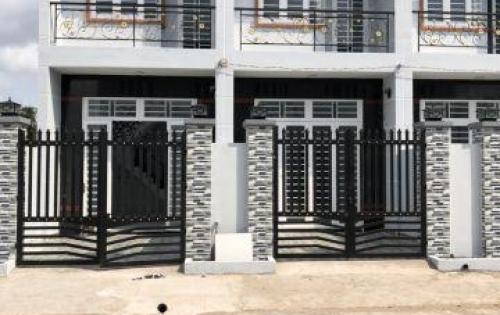 Bán nhà Bình Chánh 5x20m sổ hồng riêng LH: 0963214859